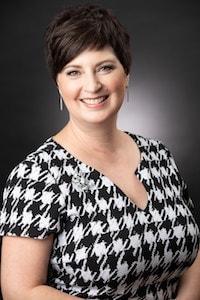 Julie Travis Moss